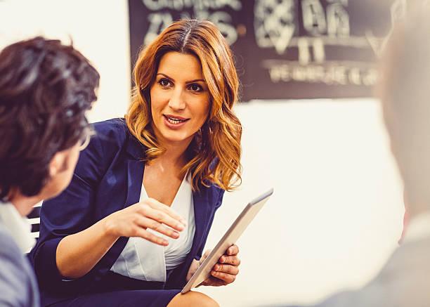 Conseillère en image, une « touche-à-tout » de la beauté à l'écoute de ses clientes !